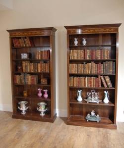 Regency Sheraton Open Bücherschrank
