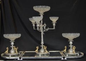 英語銀のプレートボールトンセンターピースのEPERGENEのガラス皿の皿