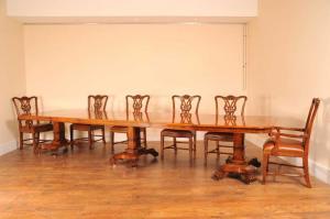 Regency Tabela Walnut Pedestal