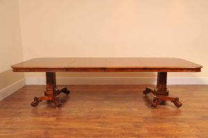 English William IV Walnut Dining Table Bullock Base