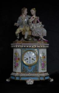 GERMAN PORCELAIN MEISSEN FIGURINE CLOCK CENTREPIECE MANTLE