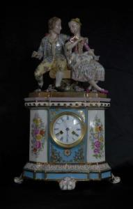 GERMAN PORCELAIN MEISSEN FIGURINE CLOCK CENTREPIECE MANTLE
