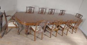 XL Engels Mahonie Victoriaanse Dining Table & Stel Chippendale Stoelen