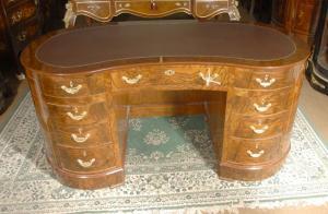 Noyer victorienne Desks haricot bureau Meubles