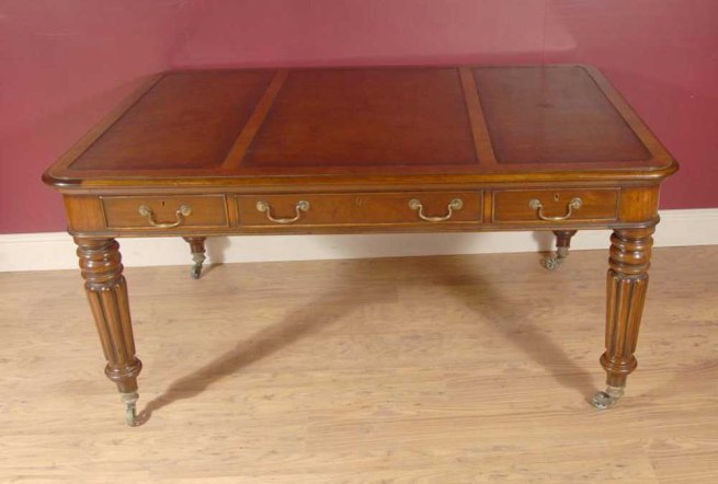 English Mahogany Victorian Gillows Partners Desk Writing Table