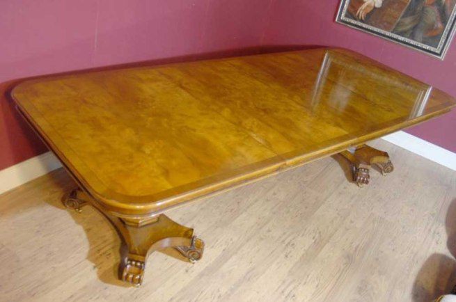 English Regency Walnut Extending Dining Table