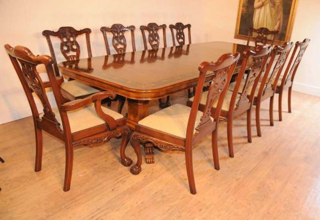 Regency Pedestal Table & Set Chippendale Dining Chairs Suite