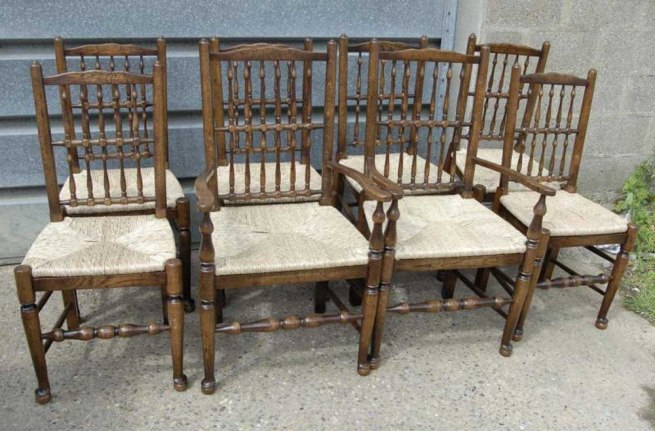 Set 8 English Oak Spindleback Chairs Farmhouse Spindle