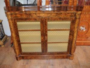 Walnut Victorian Sideboard Credenza Buffet Server