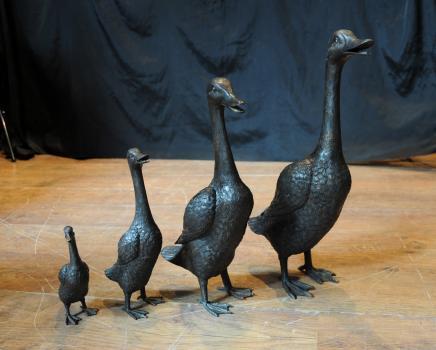 Bronze Goose Family Geese Bird Fowl Garden Statue Casting