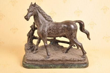 ENGLISH BRONZE CASTING HORSE STAUTE HORSES