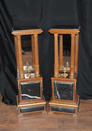 Paar Französisch Empire Marble Pedestal Ständer Table Columns Mirrored Unterstützt