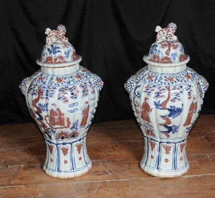 Paire chinoise en porcelaine Delph Ginger pots en céramique Urnes