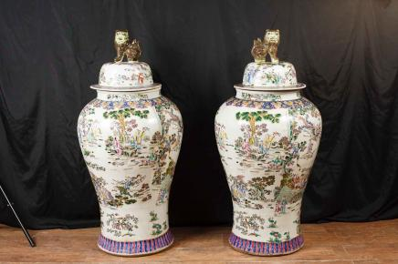 Paar chinesische Qianlong Porzellan Urnen Vase Ginger Jars Qian Pottery