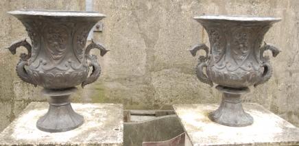 Pair Italian Tuscan Bronze Classical Garden Urns Urn