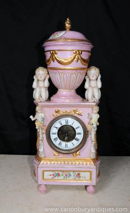 Allemande de Dresde Porcelaine Chérubin Chérubin Horloge Putti