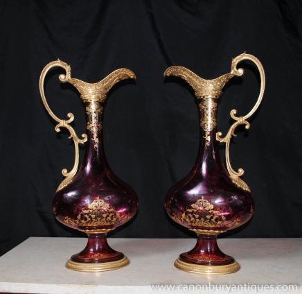 Paire de verre Cut Jugs Empire Ewers Vases Urnes Français Verrerie