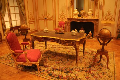 Antique Louis XIV Writing Desk Bureau Plat at The Getty