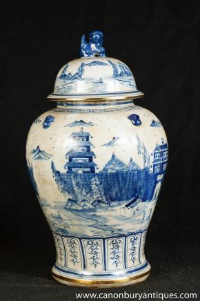 Single Nanking Pottery Ginger Jar Blue White Chinese Porcelain Vase