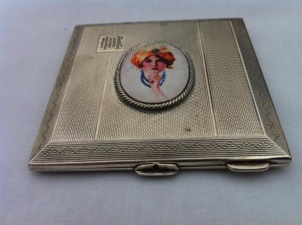 1920s Solid Silver Mirror Compact