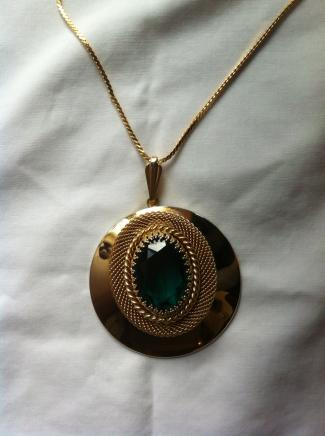 Vintage Gold & Emerald Necklace