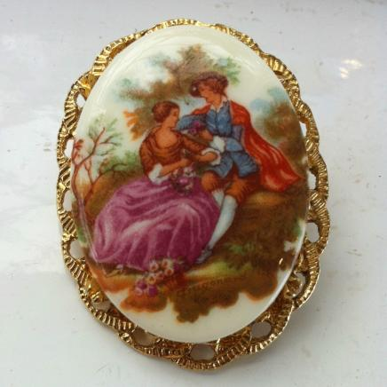 Vintage Romantic Scene Brooch