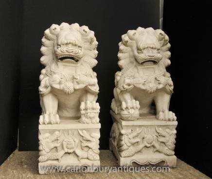 Pair Marble Keiloon Fu Temple Dogs Foo Chinese