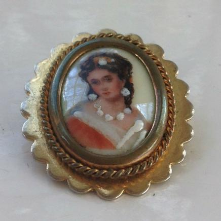 Antique Hand Painted Cameo Brooch