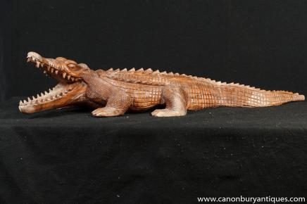 Hand Carved Crocodile Alligator Statue