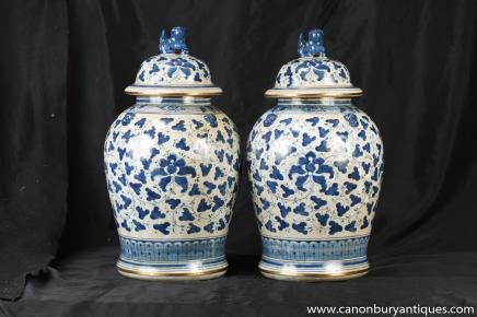 Pair Kangxi Blue White Porcelain Chinese Ginger Jars Lidded Urns
