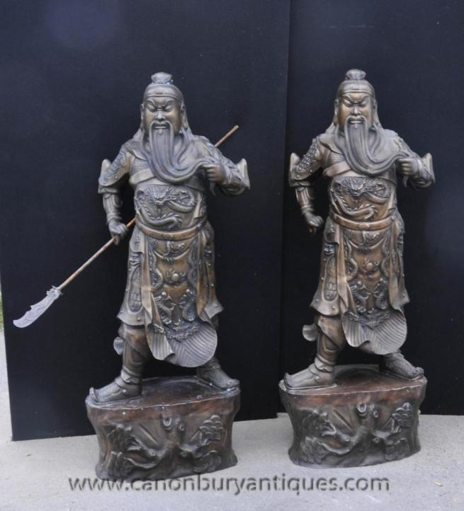 Gorgeous pair of bronze Japanese Samurai warriors