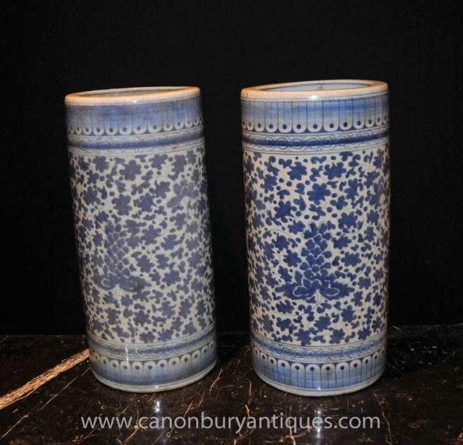 Pair Chinese Blue White Porcelain Umbrella Stands Tall Urns Vases Ming
