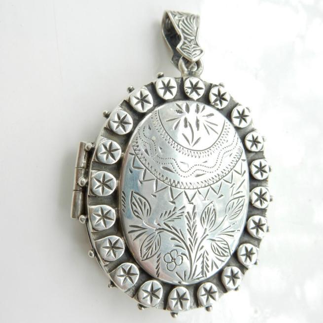 Fine Silver Victorian Locket