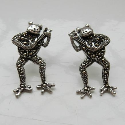 Pair Silver Frog Playing Guitar Earrings