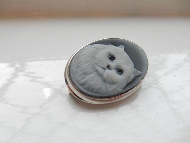 Silver Cat Cameo Brooch