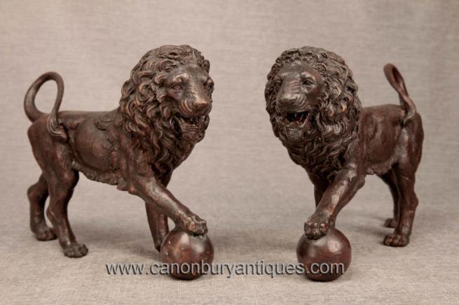 Pair Italian Bronze Medici Lions Lion Statue Gatekeeper
