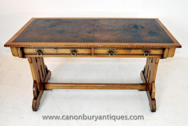 English Arts and Craft Writing Table Antique Desk in Oak