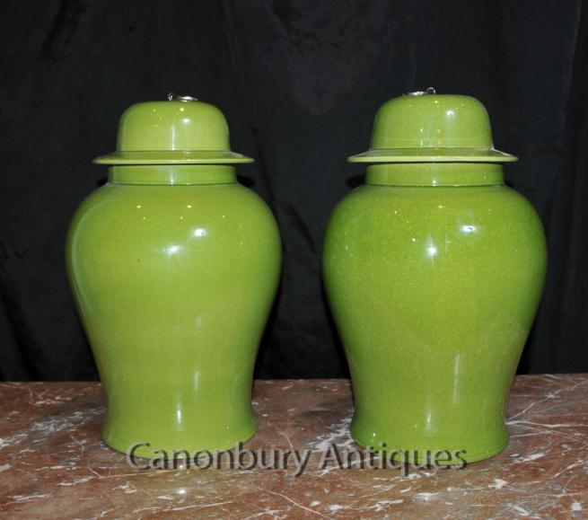 Pair Chinese Qing Porcelain Lidded Urns Vases Ginger Temple Jars