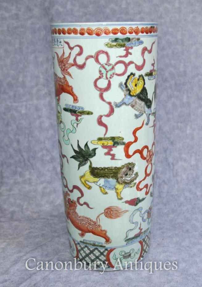 Chinese Porcelain Qianlong Dragon Umbrella Stand Urn Vase
