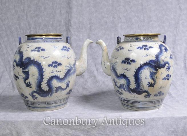 Pair Chinese Nanking Blue and White Porcelain Tea Pots Dragon