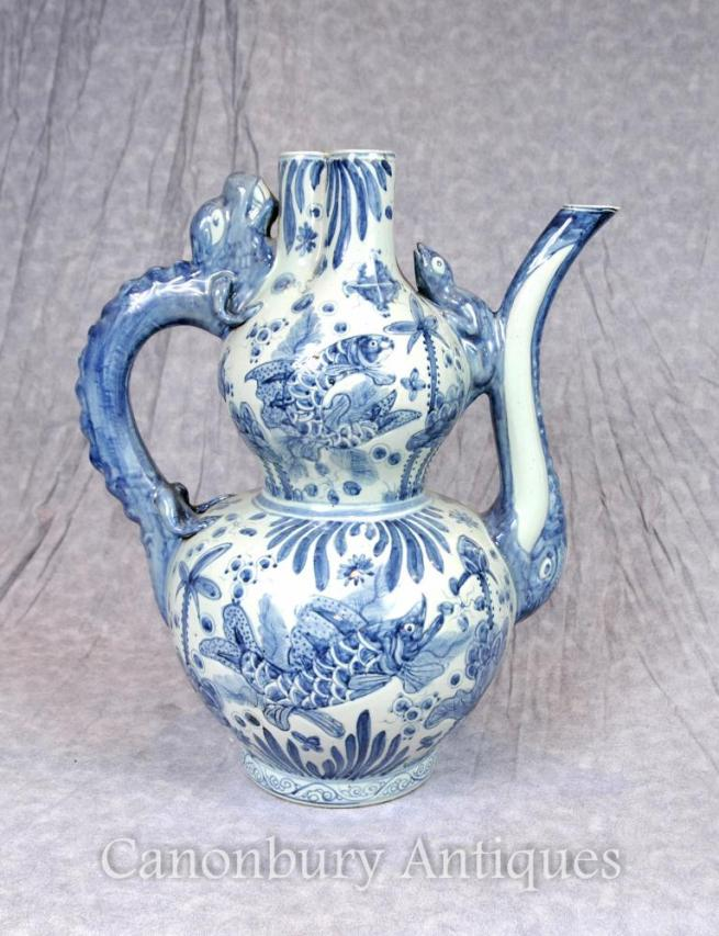 Chinese Blue and White Porcelain Tea Pot Kangxi Vase
