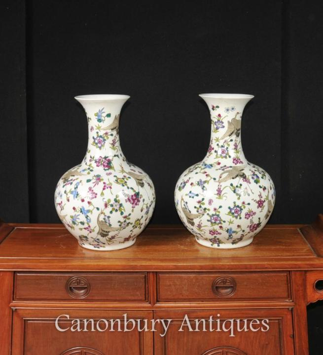 Pair Chinese Jiaqing Porcelain Bulbous Vases Urns Stork