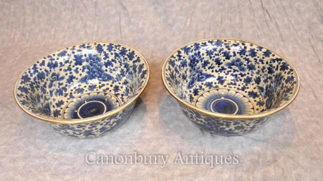 Pair Chinese Nanking Blue and White Porcelain Bowls Floral