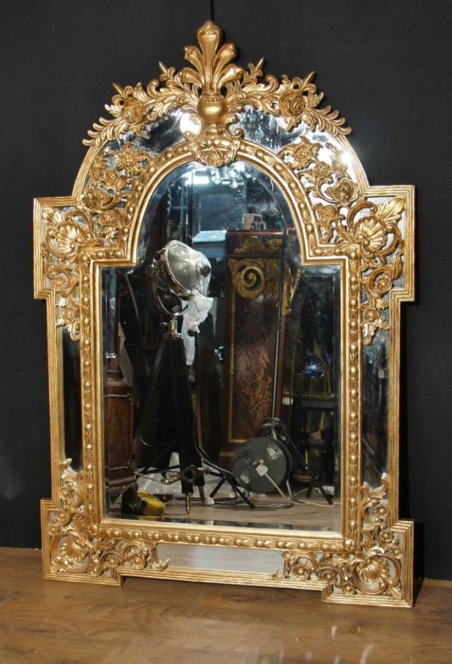French Louis XVI Giltwood Pier Wall Mirror
