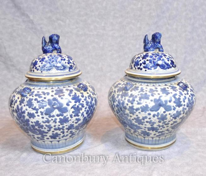 Pair Chinese Nanking Porcelain Lidded Urns Vases Blue and White Ceramic