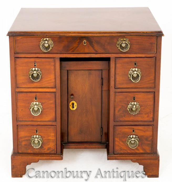 18th Century Georgian Mahogany Knee Hole Desk