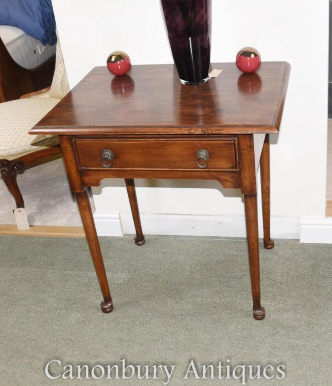 Oak Pad Foot Queen Anne Side Table