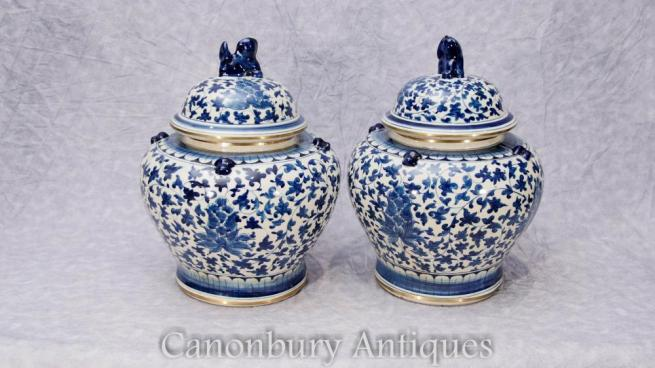 Pair Chinese Blue and White Porcelain Lidded Urns Pots Vases Kangxi