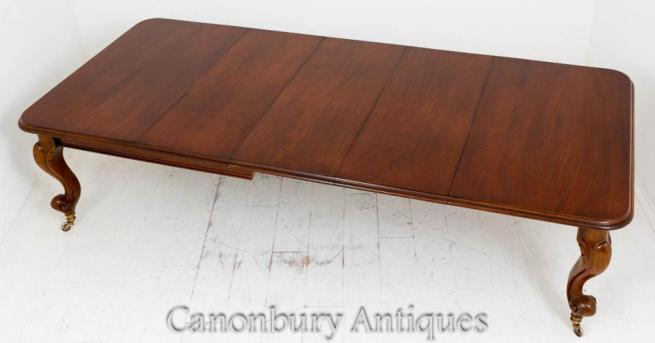 Victorian Mahogany Dining Table Extending Cabriole Leg