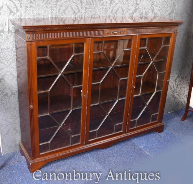 Mahogany Glazed Hepplewhite Cabinet Bookcase Circa 1890